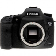 Фотоаппарат Canon EOS 7D Mark II Body