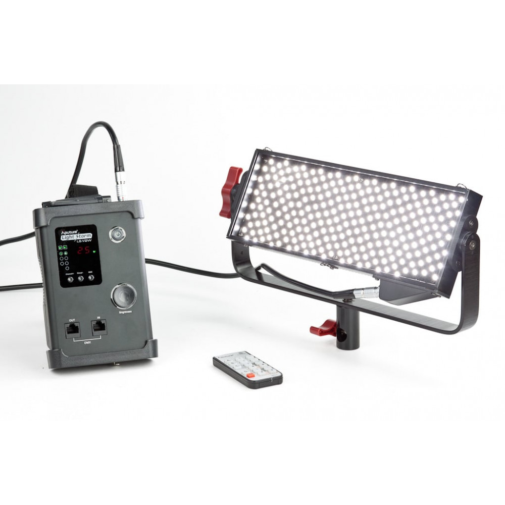 Aputure Amaran Light Strom LS 1/2W [ V -mount ]