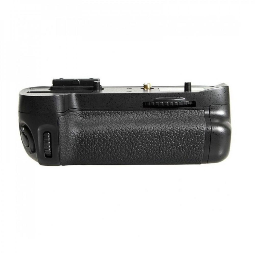 Батарейный блок Nikon MB-D15 Nikon D7100 / D7200